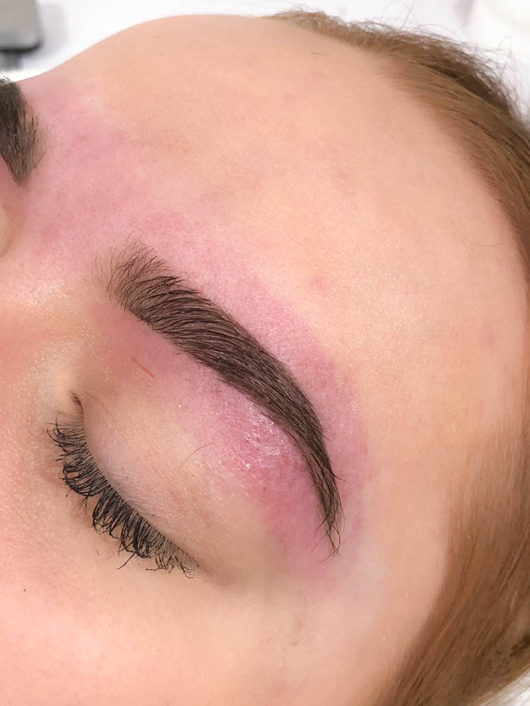 Permanent eyebrows - Permanent Makeup